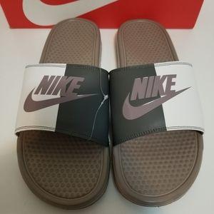 Men Nike Slides